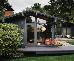 garden house, tiny houses, and sleek image
