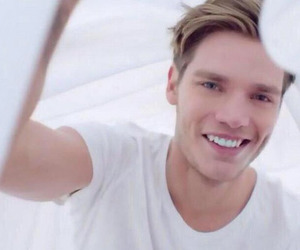 dominic sherwood, boy, and style image