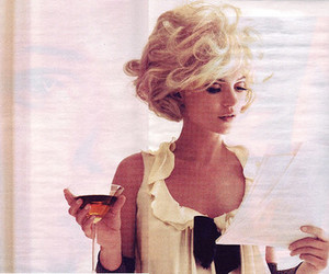 blonde, vintage, and drink image