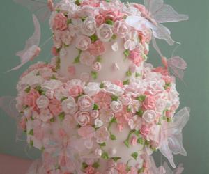 wedding cake, elegant cake, and pretty little cake image