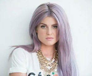 kelly osbourne and hair image