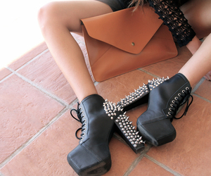 clutch, jeffrey campbell, and thin image