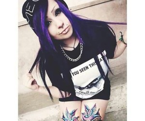 piercing, emo girl, and swagg image