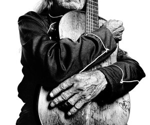 music and willie nelson image