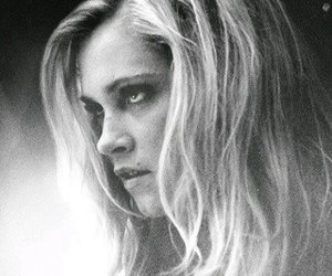 the 100 and clarke image