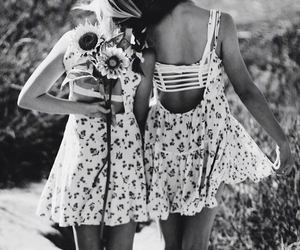 best friends, besties, and sunflowers image