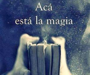 blanco y negro, books, and frases image