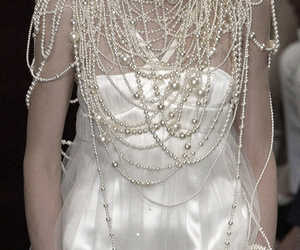 beads, fashion, and pearls image