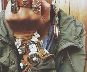 accesories, bracelet, and fashion image