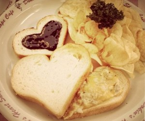 cheese, heart, and sandwich image