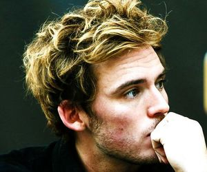 sam claflin, finnick odair, and hunger games image