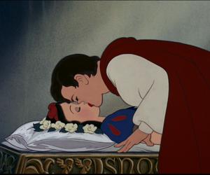 disney, kiss, and snow white image