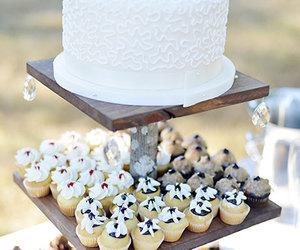 cake&cupcakes image