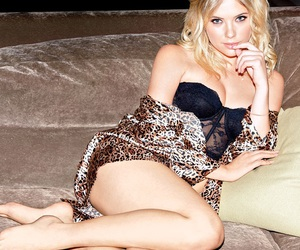 fashion, Queen, and ashley benson image