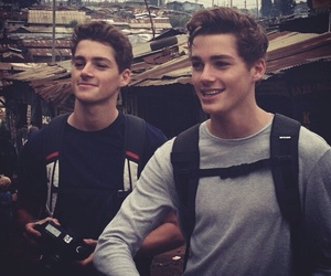 jack harries, finn harries, and jacksgap image