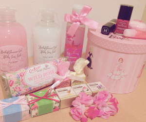 barbie, pink, and 可愛い image
