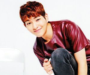 Onew, SHINee, and lee jinki image