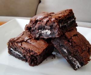 brownies, chocolate, and oreo image