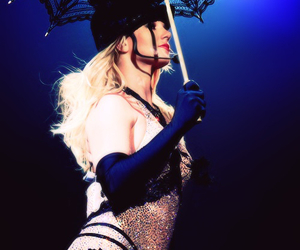britney spears and circus image