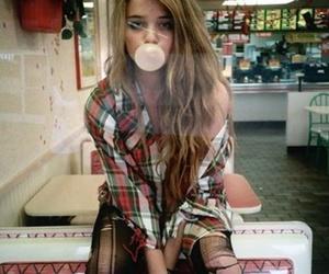 girl, sky ferreira, and gum image