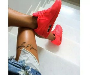 girl, summer, and airmax image