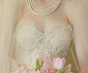 beauty, boda, and bouquet image
