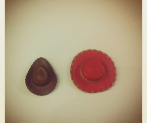 chapeu, movie, and red hat image