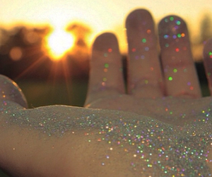 glitter, hand, and sun image