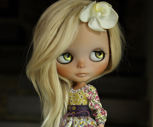 blythe, custom, and chips image