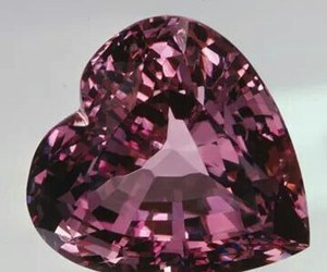 heart pink diamond image