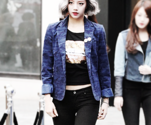girl's day, hyeri, and kpop image