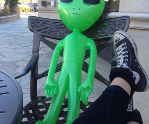 alien, black, and converse image
