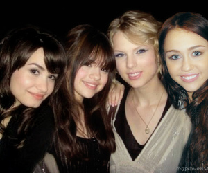demi lovato, Taylor Swift, and selena gomez image