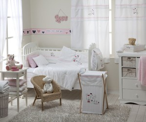 Jenny Lind and baby crib image