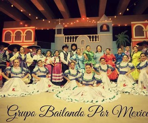 folklore, folklorica, and mexico image