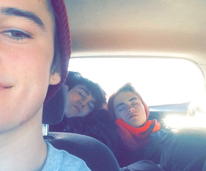 jack johnson, kenny holland, and sam wilkinson image
