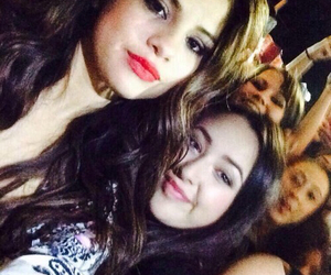 selena and low quality image