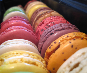 food, macaroons, and dessert image