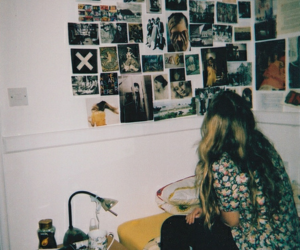 girl, grunge, and room image