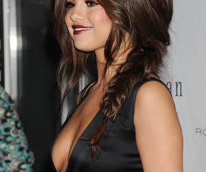 selena gomez and hair image