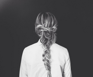 girl, hairstyles, and looks image