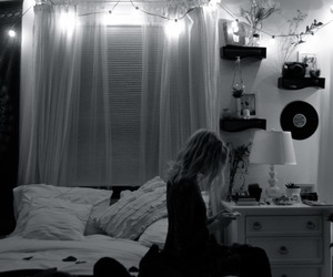bedroom, black and white, and grunge image