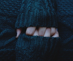 sweater, hands, and cold image