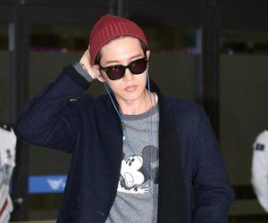 airport, wm company, and korean actor image