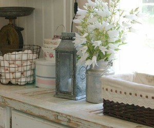 farmhouse decor, country living, and interiors image