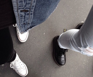 grunge, pale, and converse image