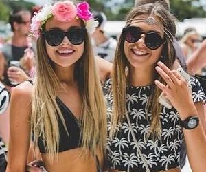 sisters image