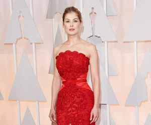 oscar, rosamund pike, and red carpet image