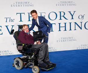 eddie redmayne and stephen hawking image