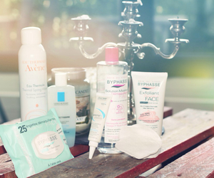 cosmetique, avene, and byphasse image
